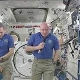 <center><b>Горилла на борту МКС</center></b>