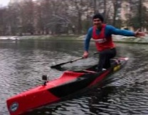 Лодка в городе - новый флешмоб (видео)