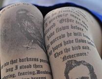 Литературные колготки - последний писк моды