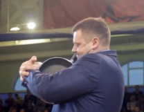 Самый сильный чиновник в России (видео)