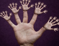 Японец прощелкал пальцами 296 раз (видео)