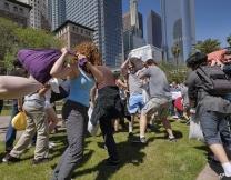 Жители США побили друг друга подушками