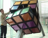 Американские студенты создали громадный кубик Рубика (видео)