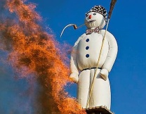 В Швейцарии взорвали гигантского снеговика (видео)