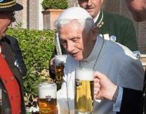 Викарий открывает паб в церкви