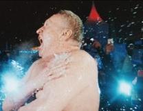 Жириновский ушел в заплыв