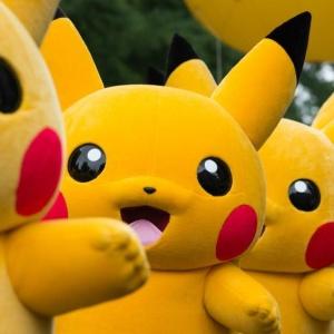 В Японии на парад вышли 15000 Пикачу