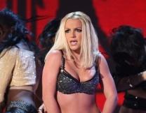 Бритни Спирс спела без фанеры!