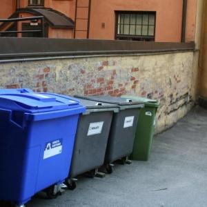 <center><b>В Мадриде больше нельзя тащить вещи с помойки</center></b>