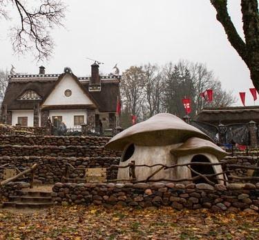 Белорус подарил людям бесплатный дом-музей