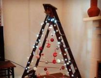 Новогодний тренд  - елки-лестницы
