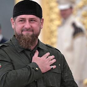 Блогер из Чечни починил водопровод с помощью Рамзана Кадырова