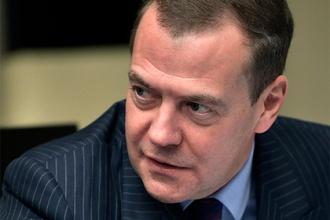 Медведев предложил «Роскосмосу» меньше болтать