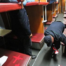 В Госдуме предложили штрафовать за «грязные носки» в плацкарте