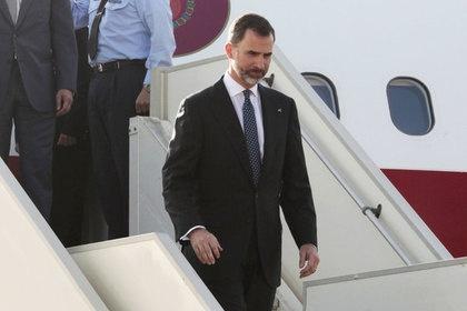 Испанский король застрял в самолёте
