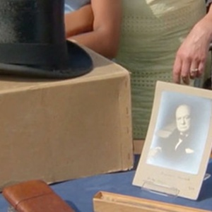 Британец нашёл на свалке личные вещи Уинстона Черчилля