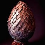 <center><b>Драконье яйцо создали из 15 кг шоколада</center></b>