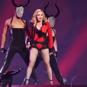 <center><b>Фанатка Мадонны хочет стать моделью</center></b>