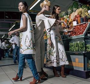 Гламурная фотосессия на обычном рынке