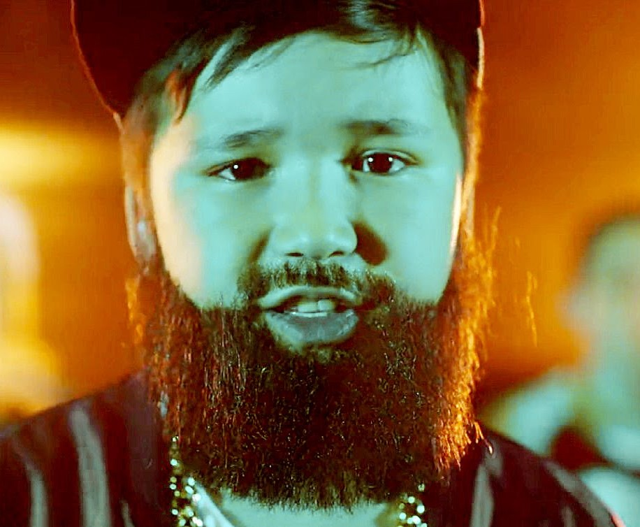 Бородатые дети зачитали рэп про козочек (ВИДЕО)
