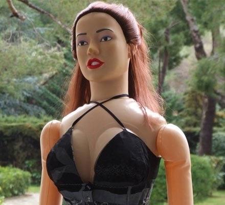 Секс-куклы можно взять напрокат