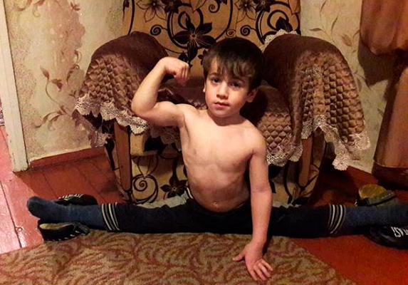 Пятилетний чеченец отжался 4 тысячи раз и побил рекорд